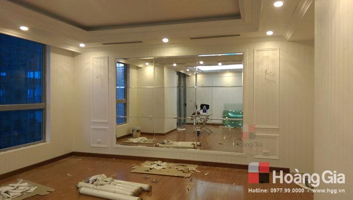 Vách kính phẳng 2 tấm lắp tại Vinhome Nguyễn Chí Thanh Hà Nội