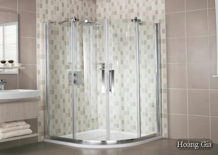 vách kính nhà tắm cong